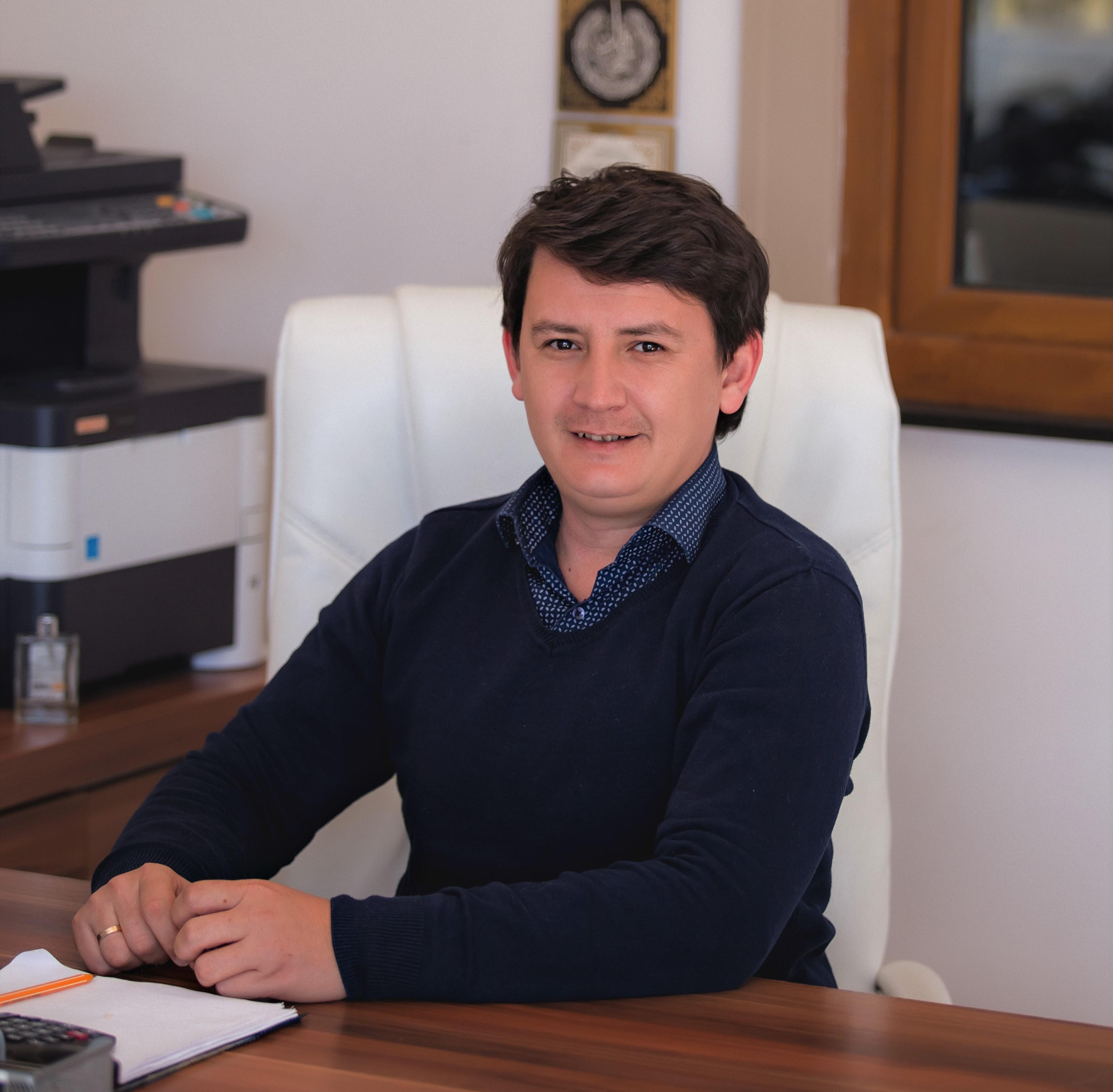İbrahim Sual - Genel Koordinatör